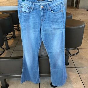 Level 99 dahlia light wash flare leg jean waist 28